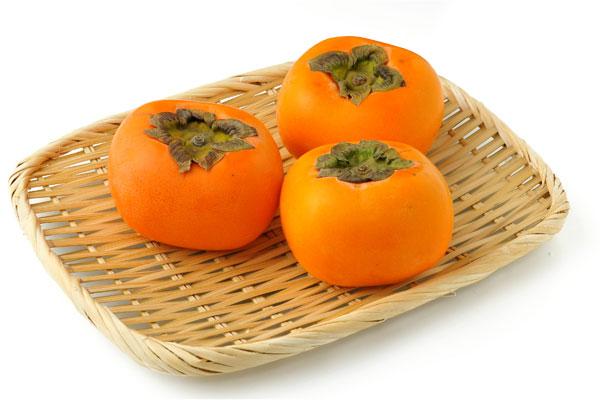 柿 柿は、中国揚子江沿岸原産のカキノキ科の落葉高木の果実です。 平安時代に... 柿の栄養・成分